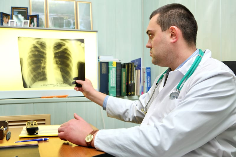Radiologists Find Chest X-rays Highly Predictive of COVID-19